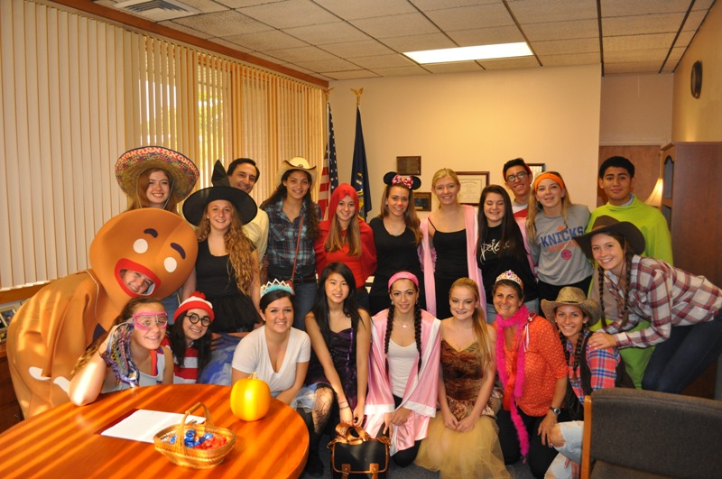Student Council's Halloween Trick or Treat Street