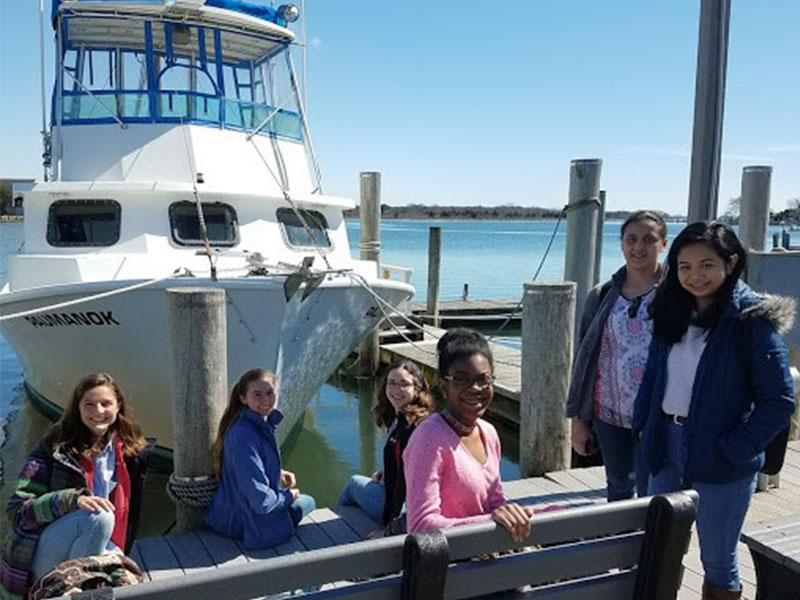 WISE Students Participate in SoMAS Marine Vessel Trip